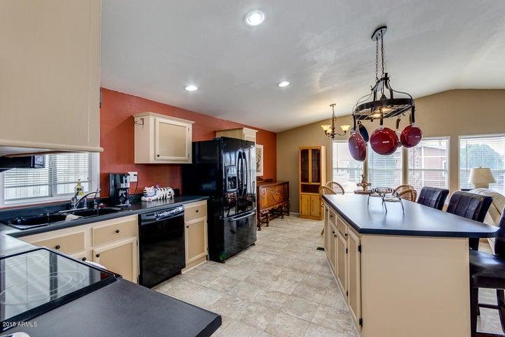 2400 E BASELINE Avenue, 173, Apache Junction, AZ 85119