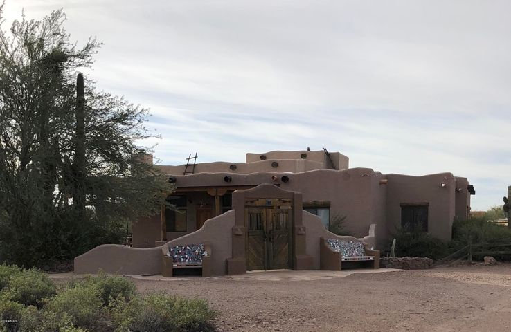 6195 E 16th Avenue, Apache Junction, AZ 85119