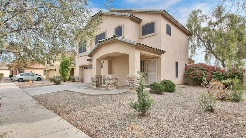 Great opportunity to live in popular Canyon Trails!