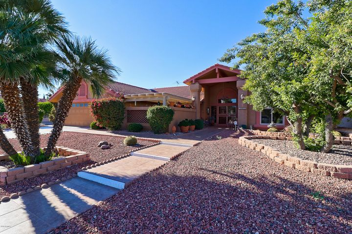 18802 N GRANDVIEW Drive, Sun City West, AZ 85375