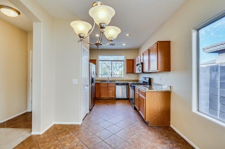 8109 S 5TH Lane, Phoenix, AZ 85041