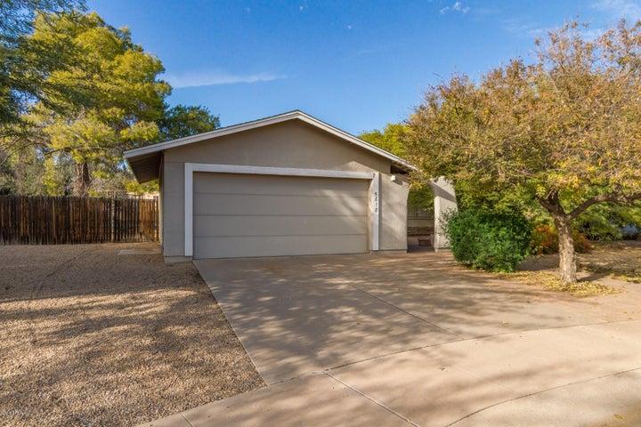 5818 N 83RD Place, Scottsdale, AZ 85250