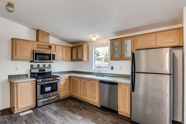 3551 W ROSS Avenue, Glendale, AZ 85308