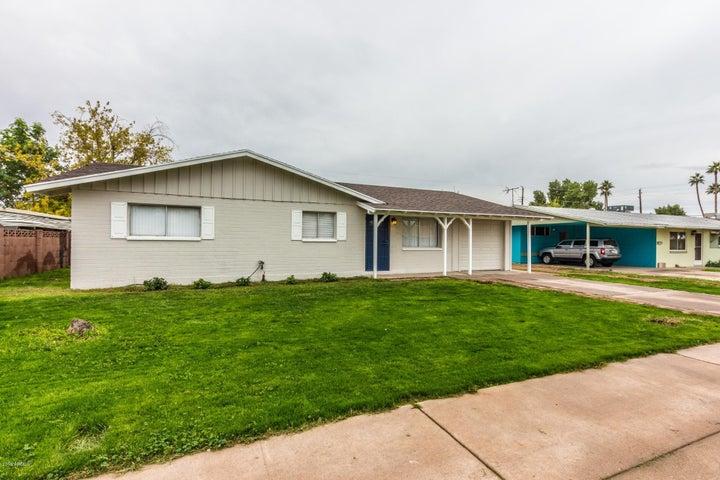 3631 W DENTON Lane, Phoenix, AZ 85019