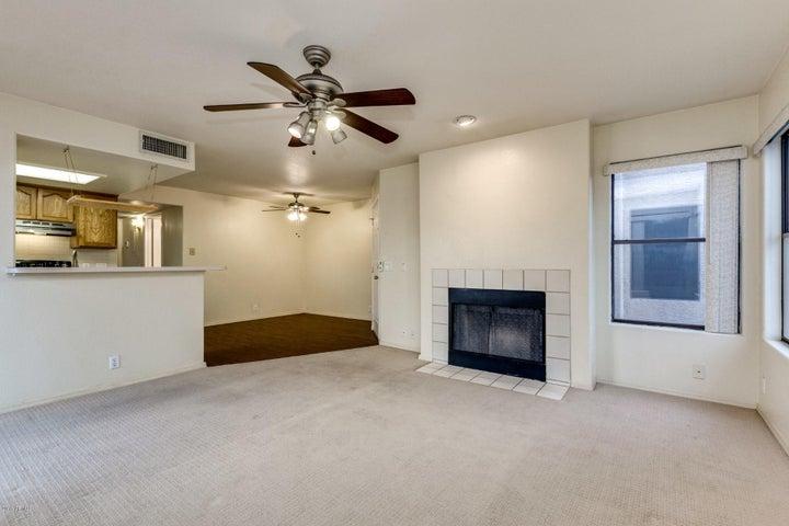 14645 N FOUNTAIN HILLS Boulevard, 201, Fountain Hills, AZ 85268