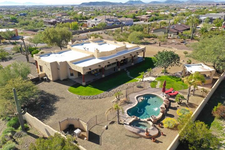 726 W BRILES Road, Phoenix, AZ 85085