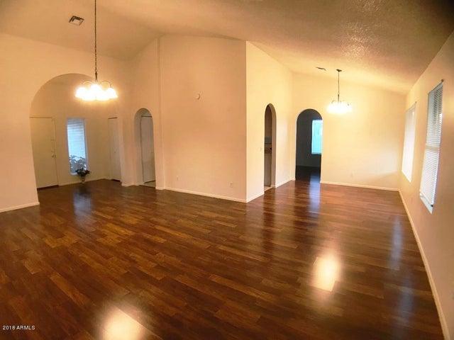 10007 W MADRUGADA Court, Phoenix, AZ 85037
