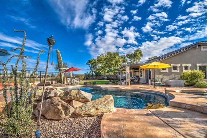 598 E TAYLOR Trail, San Tan Valley, AZ 85143