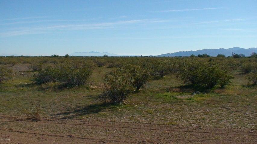 218 th W Cloud Road, 2, Wittmann, AZ 85361