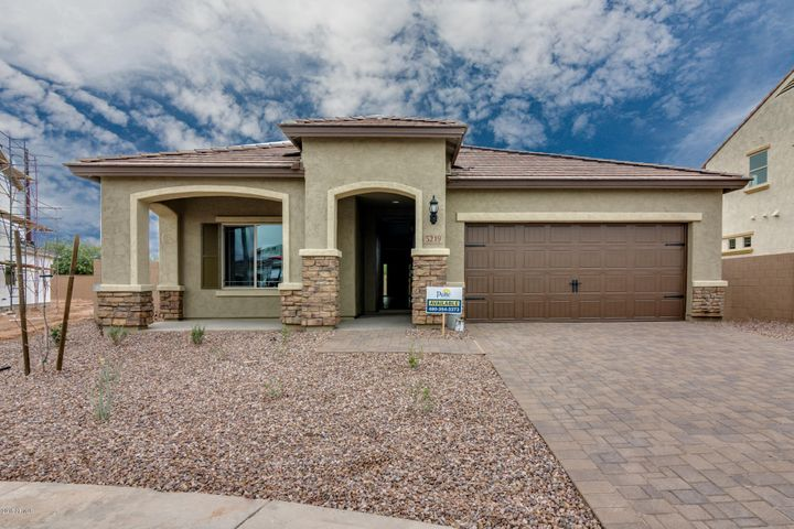 5218 S LINDENWOOD Circle, Mesa, AZ 85212