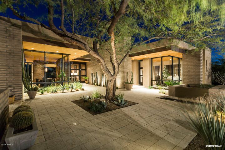 9820 E THOMPSON PEAK Parkway, 818, Scottsdale, AZ 85255