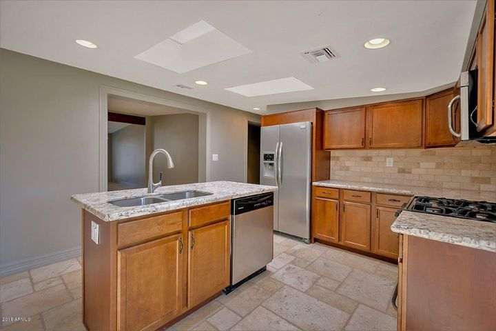 4707 E MONTECITO Avenue, Phoenix, AZ 85018