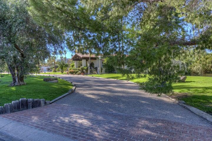 8716 N 55TH Place, 55, Paradise Valley, AZ 85253