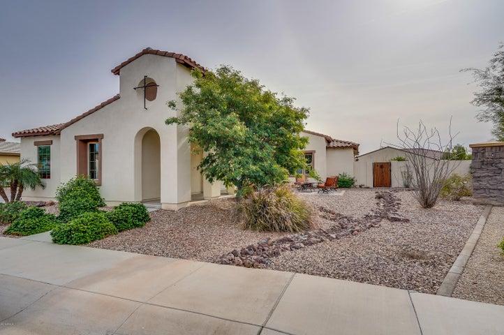 16227 W HOLLY Street, Goodyear, AZ 85395