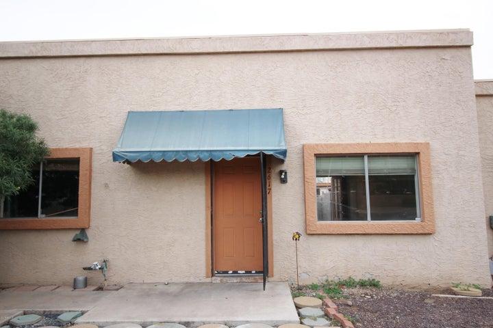 2617 W HAZELWOOD Street, Phoenix, AZ 85017