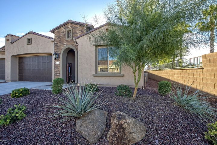 16463 W PICCADILLY Road, Goodyear, AZ 85395