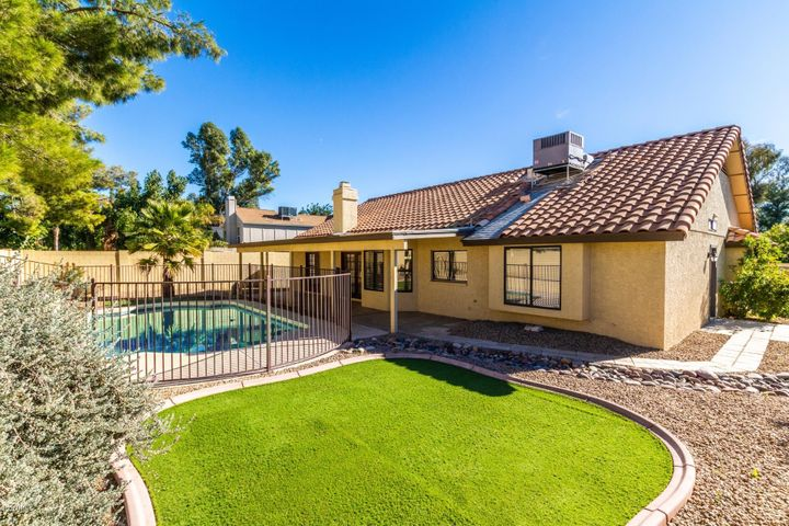 4802 E HILLERY Drive, Scottsdale, AZ 85254