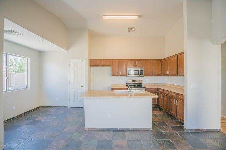 4817 N 112TH Glen, Phoenix, AZ 85037