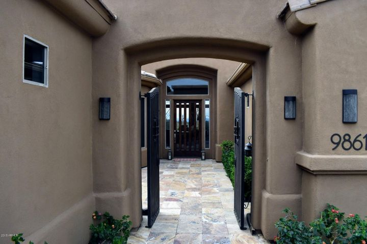 9861 E SEVEN PALMS Drive, Scottsdale, AZ 85262
