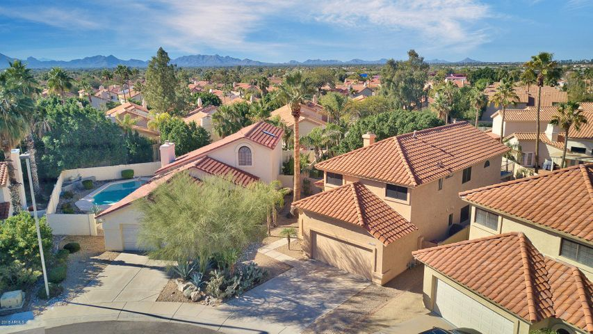 10344 E SHARON Drive, Scottsdale, AZ 85260   REALTORS® Chris and