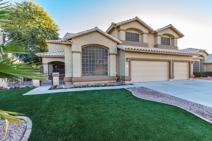 285 S RED ROCK Street, Gilbert, AZ 85296