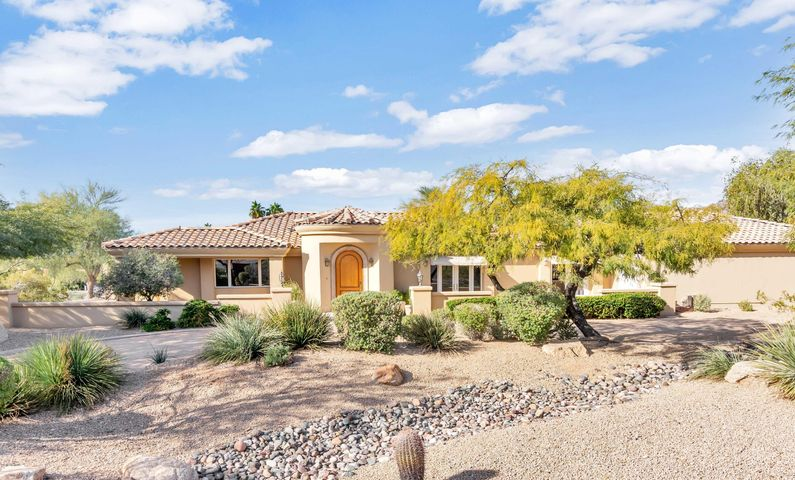 6334 N 35TH Street, Paradise Valley, AZ 85253