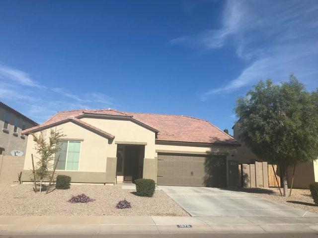 1576 E CIELO AZUL Way, San Tan Valley, AZ 85140