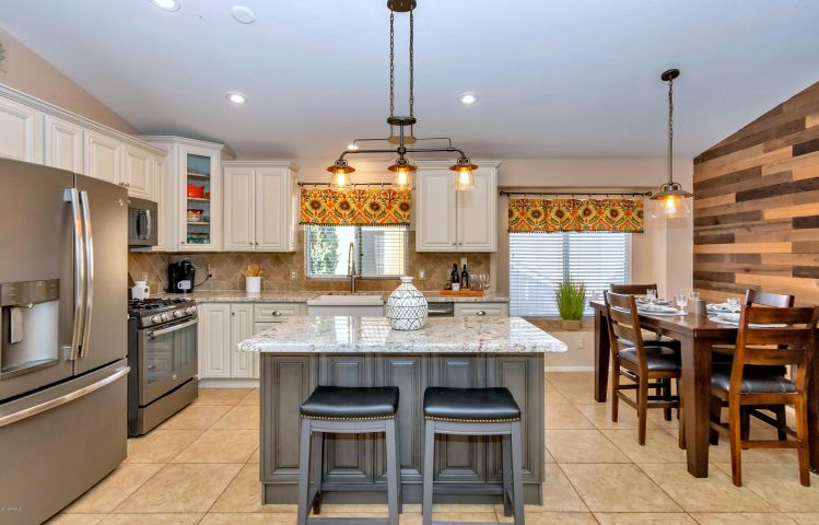 Start your day in this amazing new Kitchen with all new GE slate appliances.