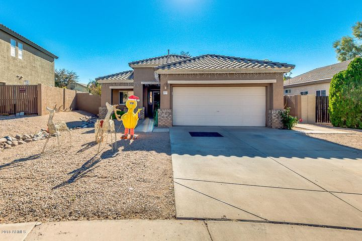 2777 E HIGHLAND Court, Gilbert, AZ 85296