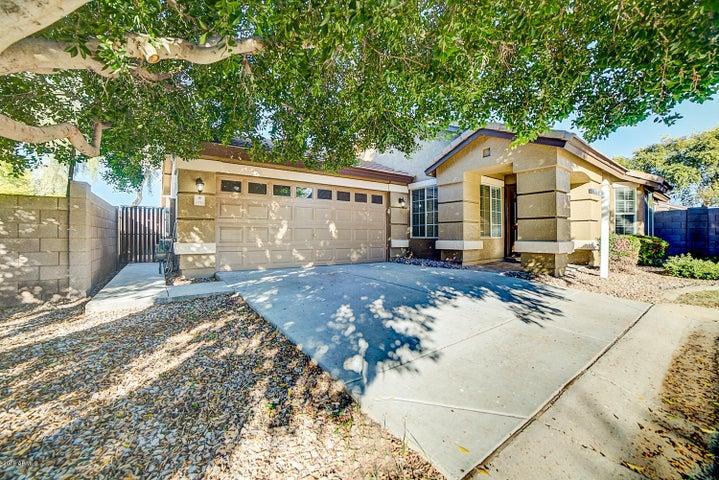 1733 N SETON, Mesa, AZ 85205
