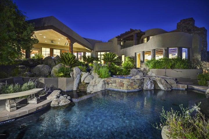 9586 E MADERA Drive, Scottsdale, AZ 85262