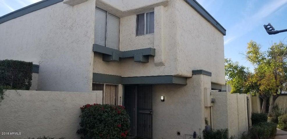 9046 N 51 Lane, Glendale, AZ 85302
