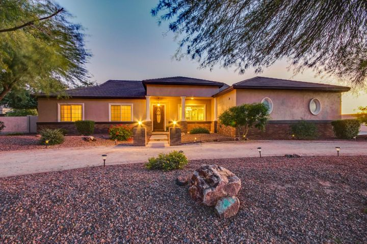 18049 W DENTON Avenue, Litchfield Park, AZ 85340