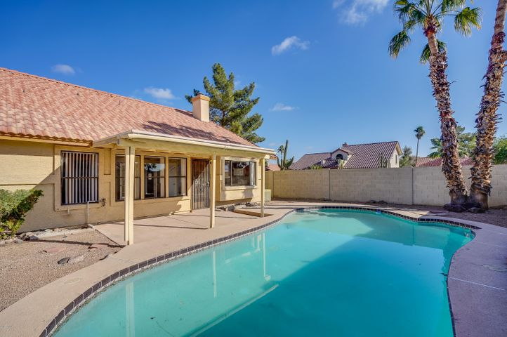 7109 W JULIE Drive, Glendale, AZ 85308