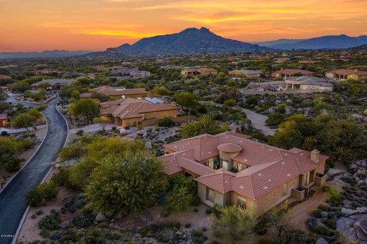 8310 E TUMBLEWEED Drive, Scottsdale, AZ 85266