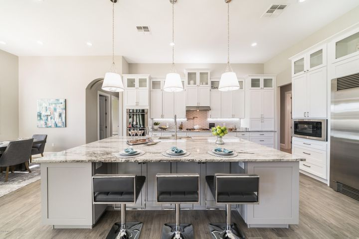 Stunning Marble Counters/Island