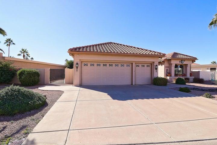 10517 E SILVERTREE Drive, Sun Lakes, AZ 85248