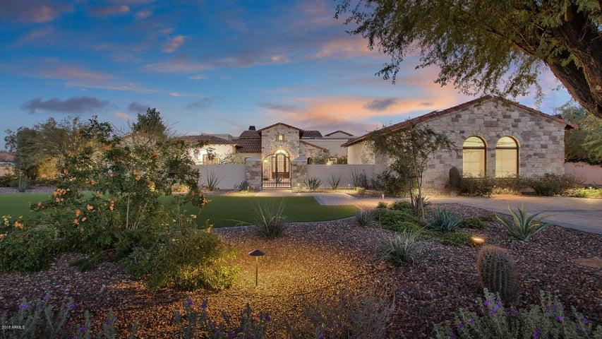 7807 N CALLE CABALLEROS Street, Paradise Valley, AZ 85253