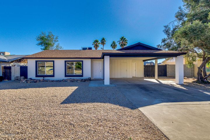 2515 E SWEETWATER Avenue, Phoenix, AZ 85032