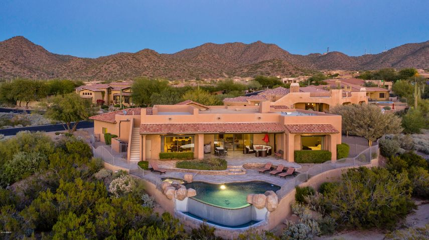 4244 N DESERT OASIS Circle, Mesa, AZ 85207