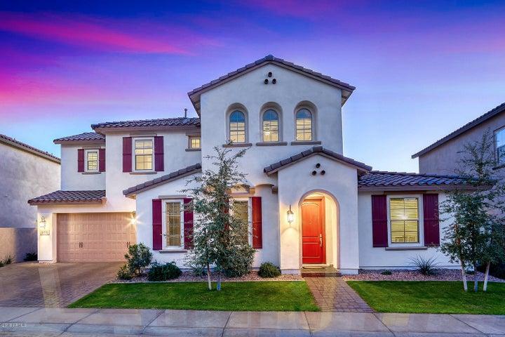 937 W YOSEMITE Drive, Chandler, AZ 85248
