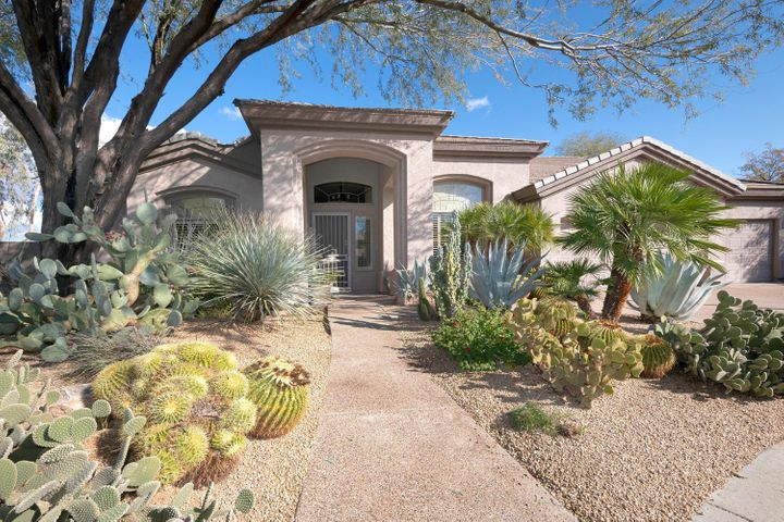 Scottsdale, Kierland, 85254, large lot, updated, oasis yard