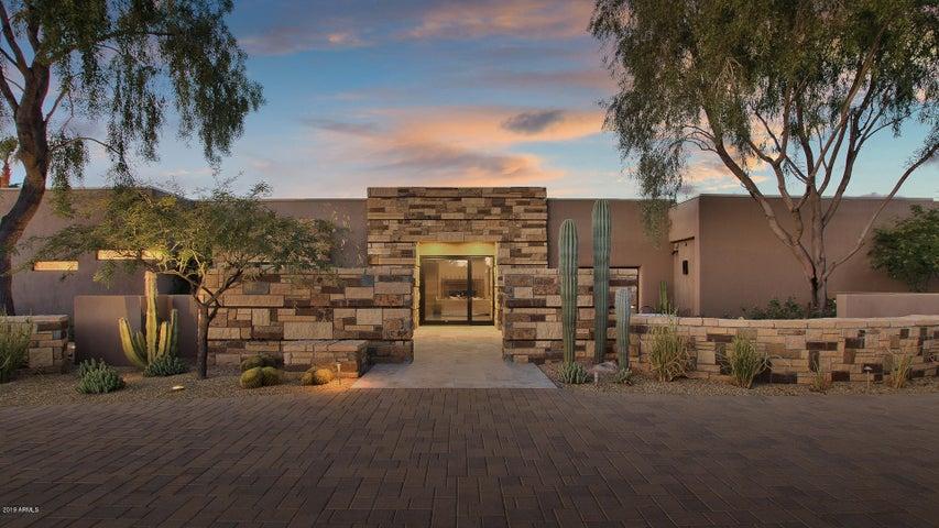 10010 E Cholla Street, Scottsdale, AZ 85260