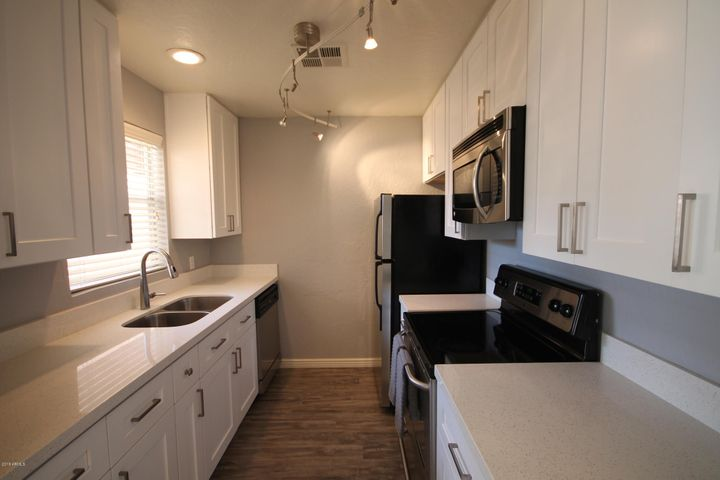 14145 N 92ND Street, 2107, Scottsdale, AZ 85260