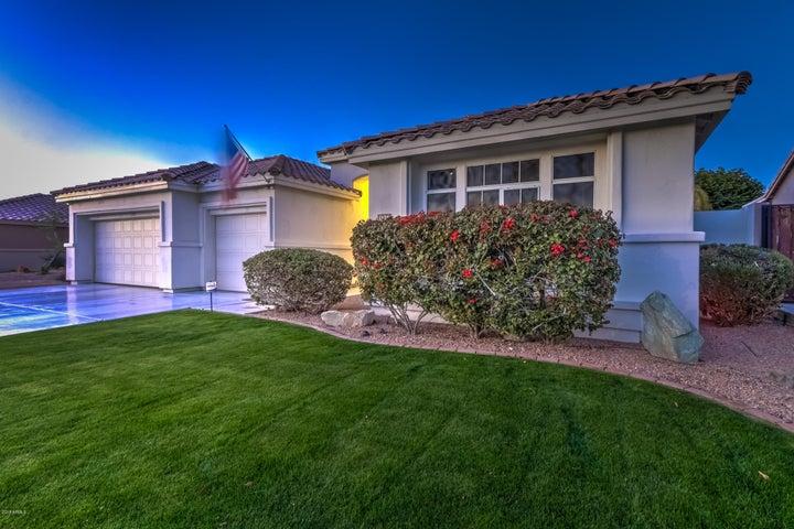 7136 W FOOTHILL Drive, Glendale, AZ 85310
