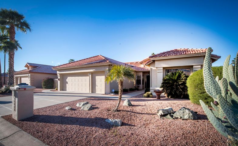 25842 S SADDLETREE Drive, Sun Lakes, AZ 85248