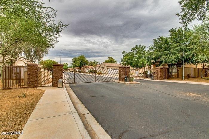 122 W MAHOGANY Place, Chandler, AZ 85248 - Phoenix
