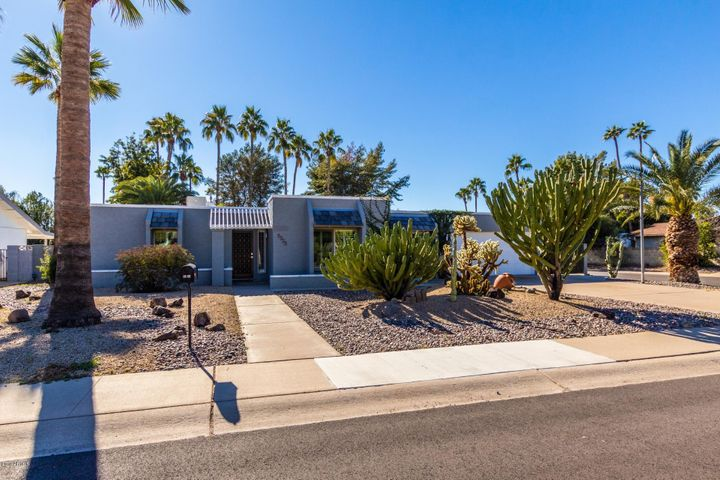 5323 E HILLERY Drive, Scottsdale, AZ 85254