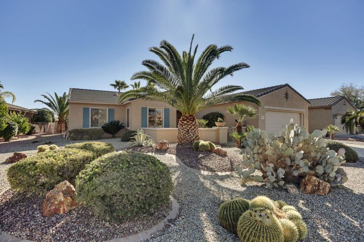 Welcome to your new home...a Borgata w/extended garage.