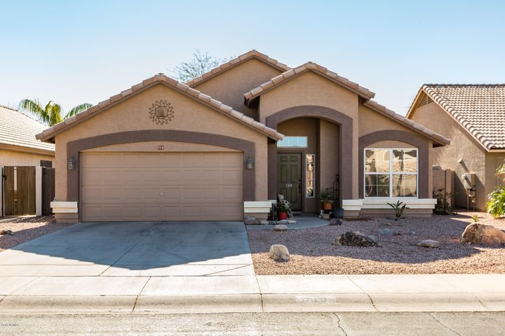 713 E WINDSOR Drive, Gilbert, AZ 85296